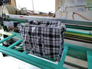 カラー表のカット見本のバッグ