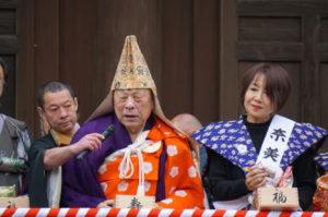 貫首さま、奈美悦子さんb